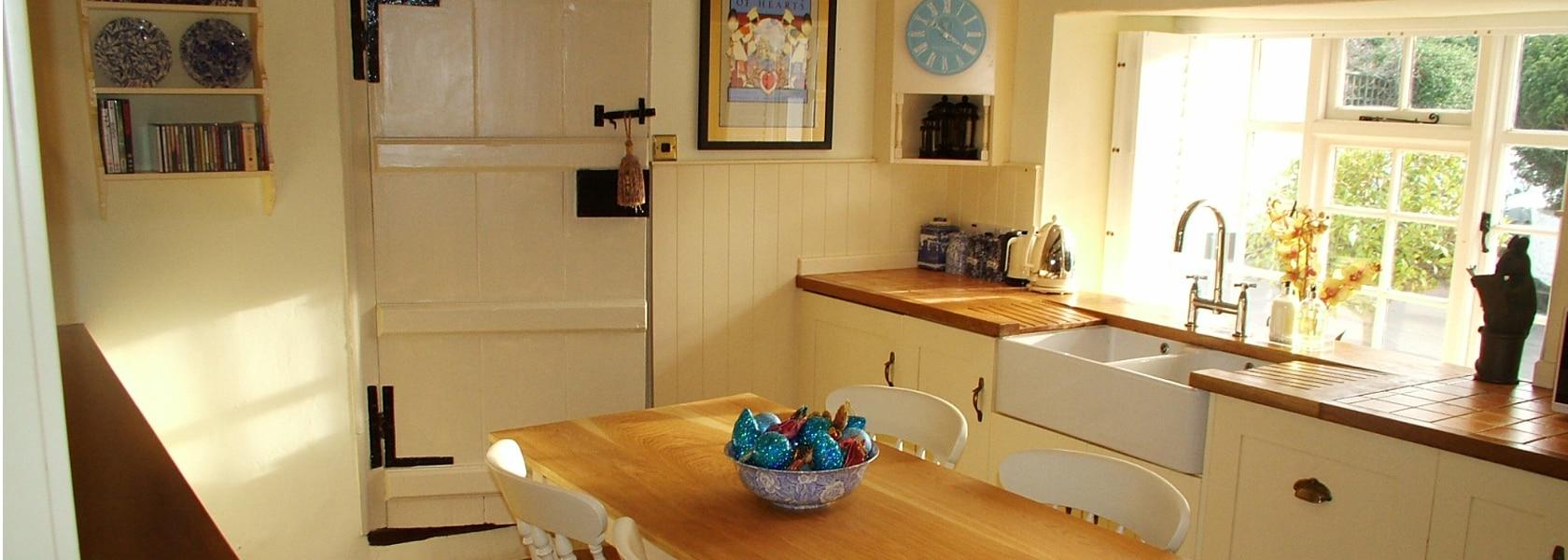 Property_Pilgrim_Corner_Kitchen_Window_1680px