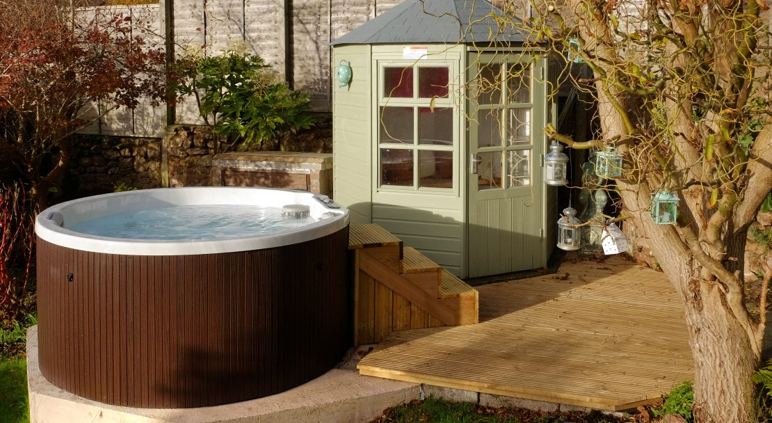 PC_Garden_hottub_3